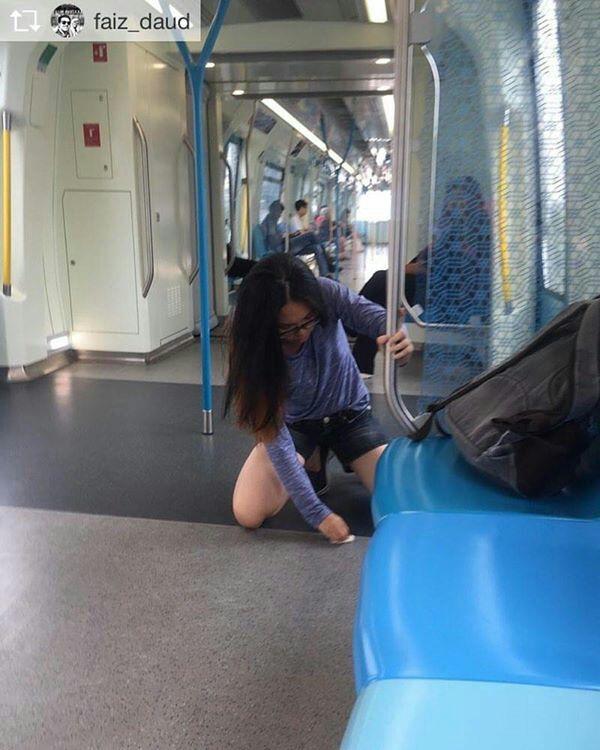 VIral Remaja Lap Lantai MRT #SPAD #MRT #RAPIDKL