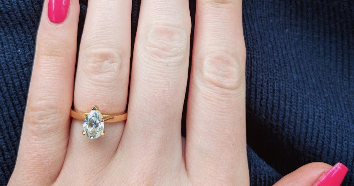 My engagement ring - why I chose a moissanite | Lauren Loves Blog