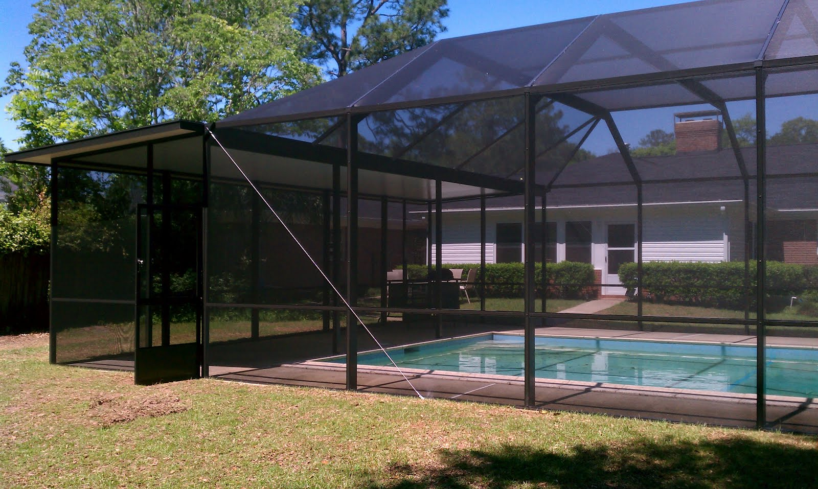 Pool Enclosures Usa Tallahassee Pool Enclosure With Solid Roof Area