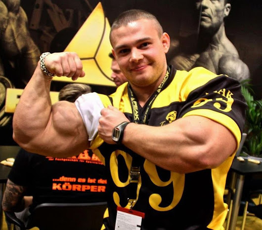 BODYBUILDER JUNIOR TERBAIK DUNIA ALEXEY LESUKOV! (VIDEO)