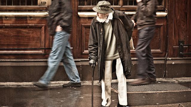 España: 30.000 muertos siguen cobrando pensión mientras se agota la caja