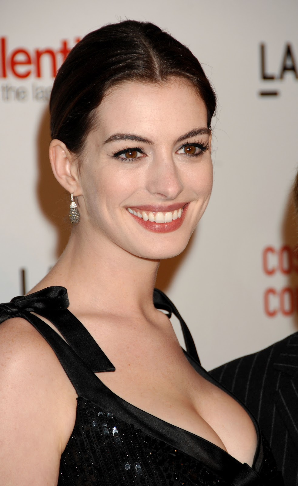 Anne Hathaway pictures gallery (9) | Film Actresses Anne Hathaway