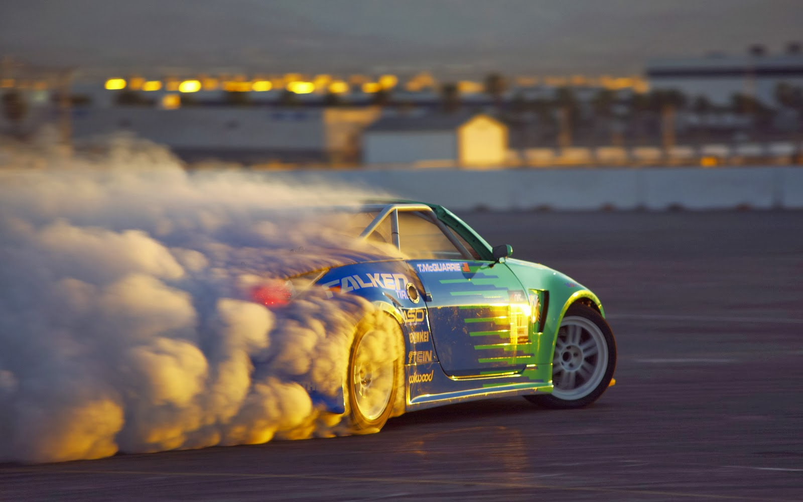https://2.bp.blogspot.com/-buVzzDQTvJc/UxZOYXqyLSI/AAAAAAAAYnU/E_k-wHUl6Rc/s1600/car-drift-sunset-burnout.jpg