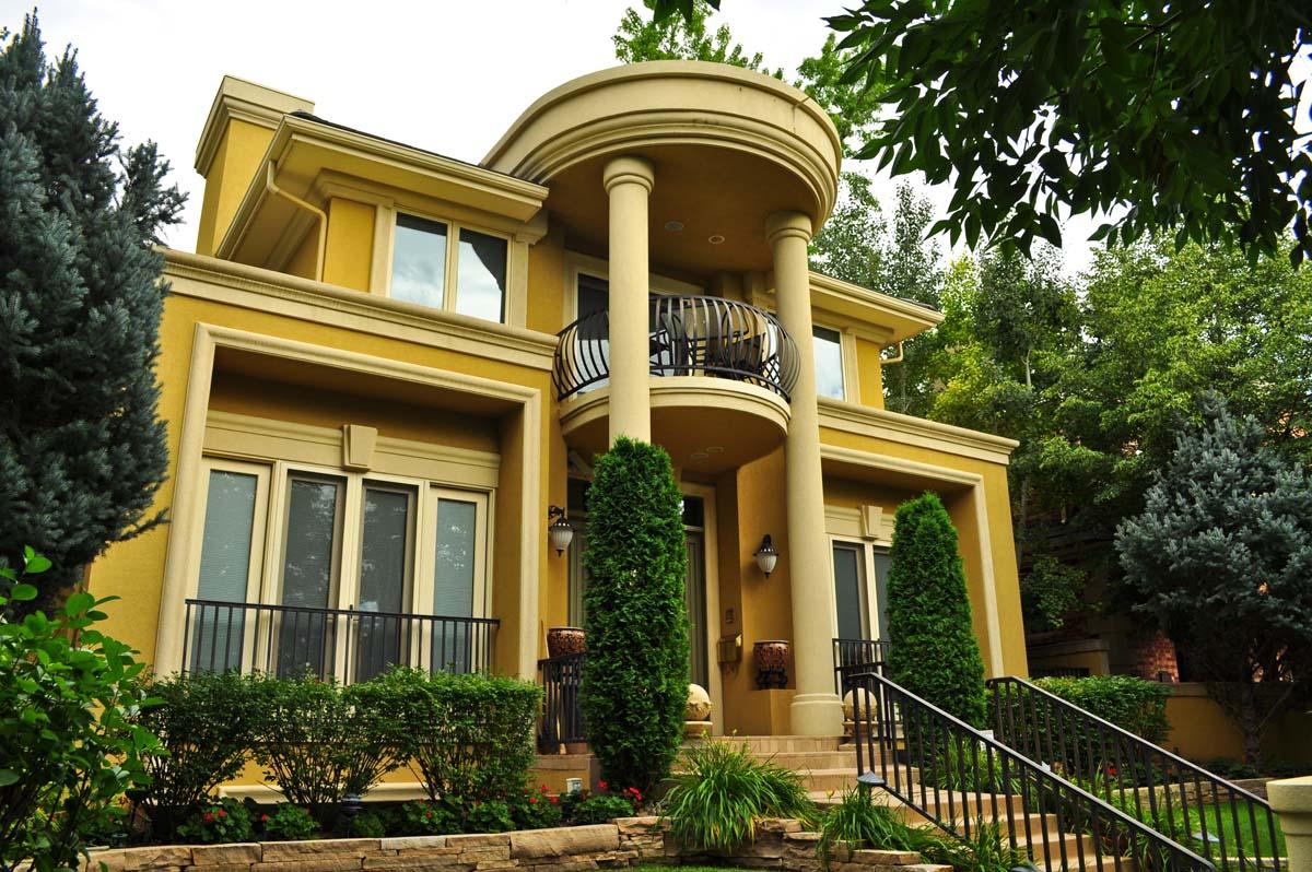 Gambar Desain Teras Rumah Klasik