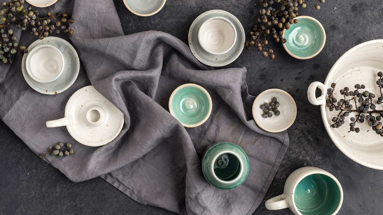 Tableware ceramics by Liz Vidal