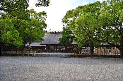 ศาลเจ้าอัตสึตะ (Atsuta Shrine)