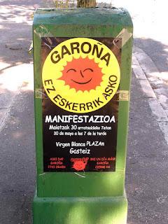 Cartaz  convoca a manifestação para fechar a central nuclear de Santa Maria de Garoña.