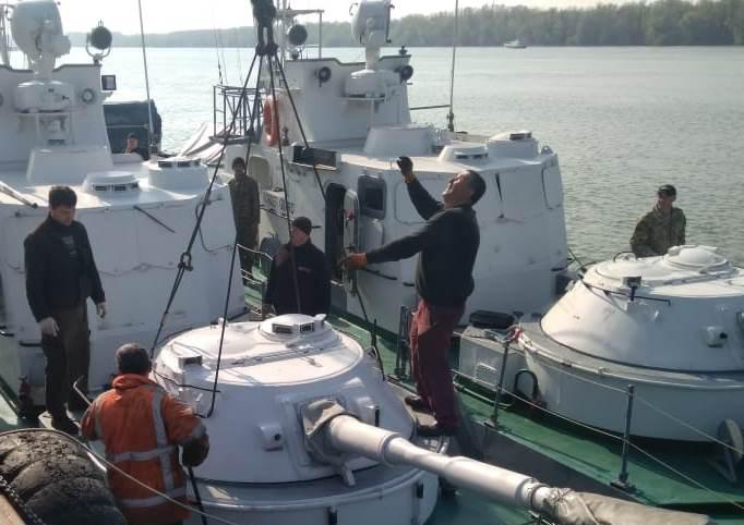 Розпочався ремонт артилерійських катерів Морохорони