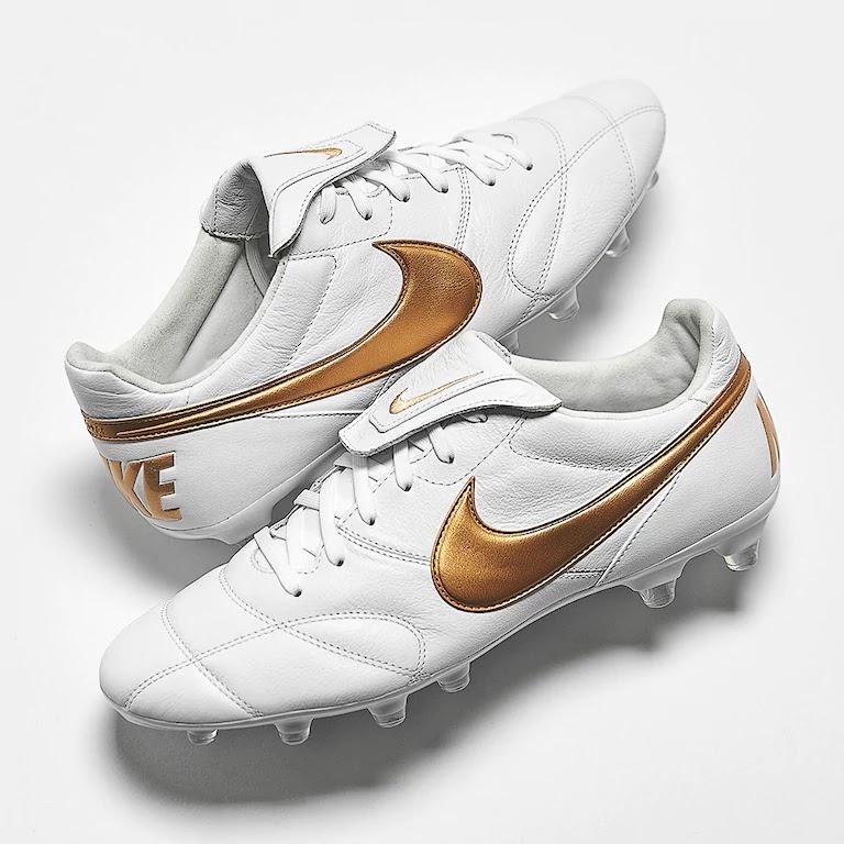 more photos 304e6 b51d3 Happy Birthday, Ronaldinho - White / Gold Nike Premier II ...