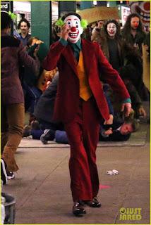 """Cine: Primeras imágenes de Joaquin Phoenix maquillado como """"Joker"""""""