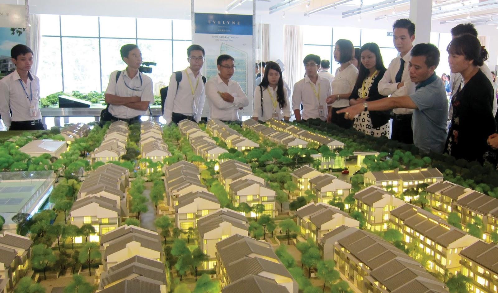 Tham khảo: Quy định của pháp luật về hợp đồng mua bán nhà ở hình thành trong tương lai (Luật năm 2006)