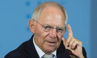 «Βόμβα» Σόιμπλε: Θέλει... αιώνια λιτότητα για την Ελλάδα για να δώσει ελάφρυνση