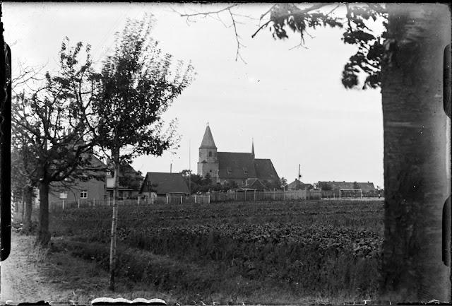 Dölzig - Kirche von Westen - 1930-1940