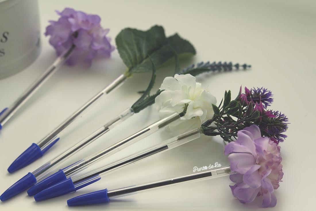 Bolígrafos con forma de flor