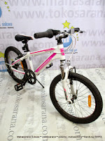 20 Inch Wimcycle Roadtech S Rangka Aloi 7 Speed  Junior Mountain Bike White/Pink