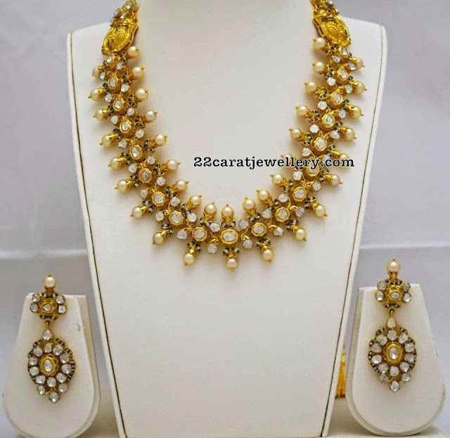Black Finish Pachi Kundan Set