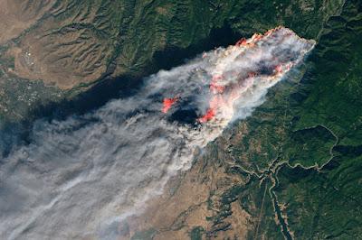Novo balanço. Incêndio na Califórnia já fez 56 mortos, 130 continuam desaparecidas