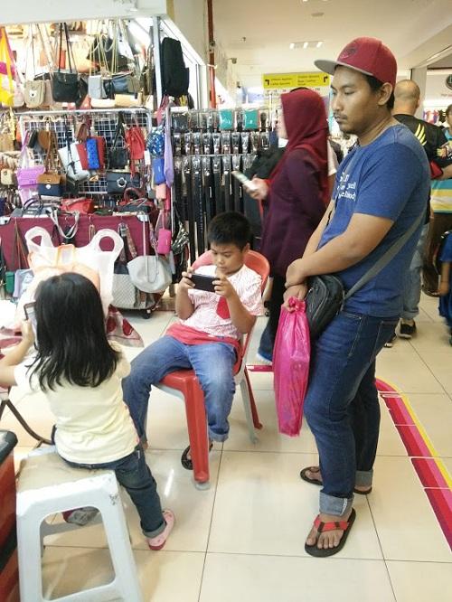 Cari lace dan manik kat GM Klang.