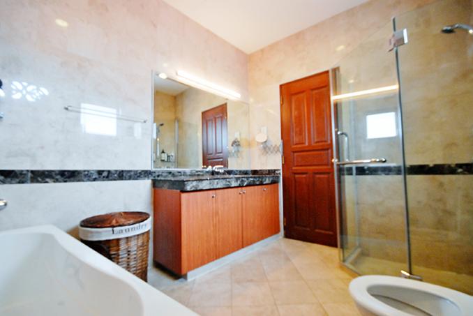 Conservation Shophouse Bathroom