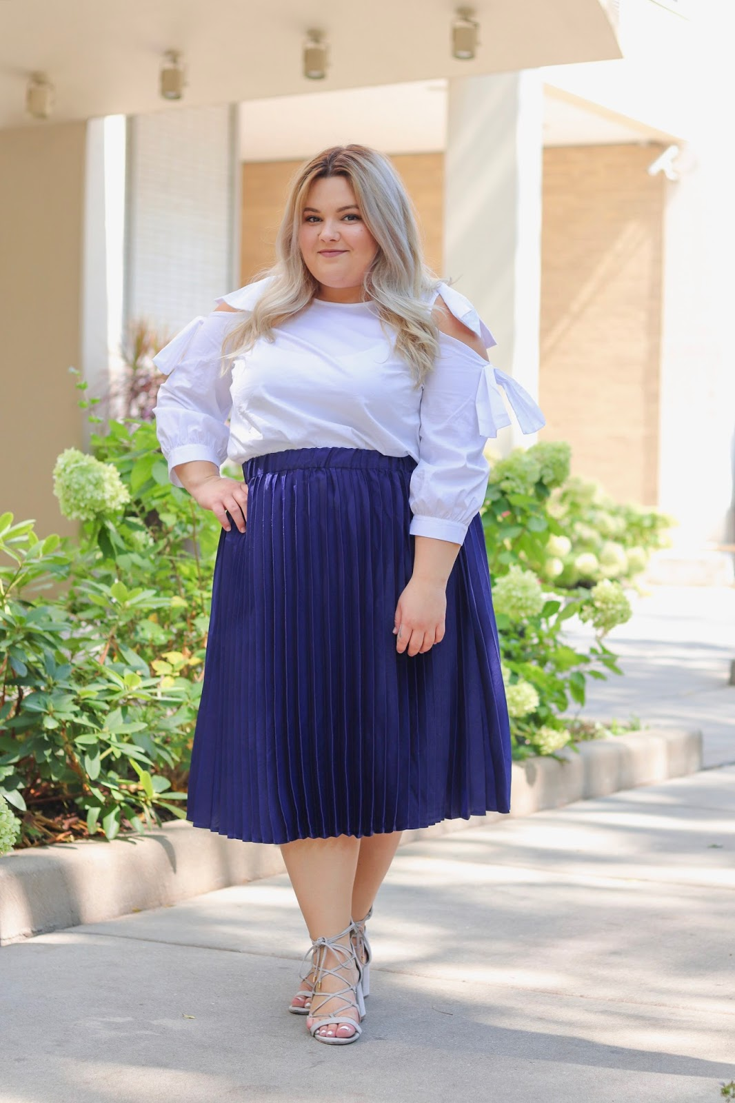 plus size model, chicago plus size fashion blogger, fashion blogger, natalie in the city, Chicago style, natalie craig, plus size pleated skirts, elqouii, shoulder cutouts, affordable plus size clothing, curves and confidence, embrace my curves, body positive, fat fashion, what fat girls actually wear