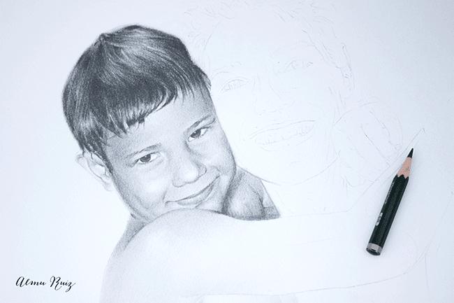 Retrato infantil a lápiz
