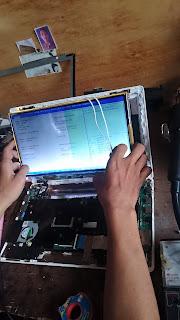 Biaya Servis Ganti LED Laptop Asus X200MA 12 Inchi