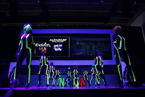 ¡Alfaparf, Revolution Neon!