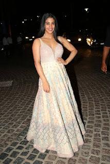 Daksha Nagarkar At 65th Jio Filmfare Awards 2018 6