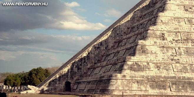 Rejtett járat a híres maja templom alatt