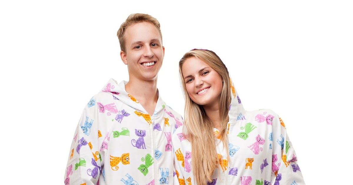 101435c993 Squidoo Blog  Valley Of The Giants  Where To Get The Best Adult Footie  Pajamas For Christmas 2015