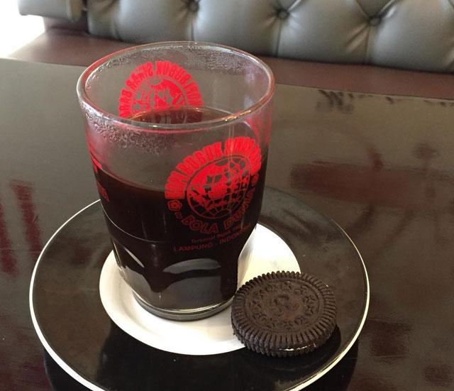 kedai kopi bola dunia