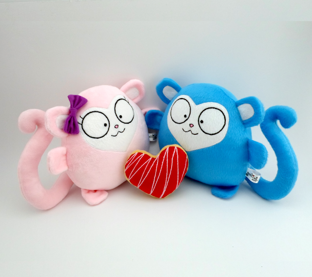 Pareja de aniversario personalizada, monos de peluche novios guyuminos regalo boda amor monito kawaii tierno couple monkey gift plushie plush toy