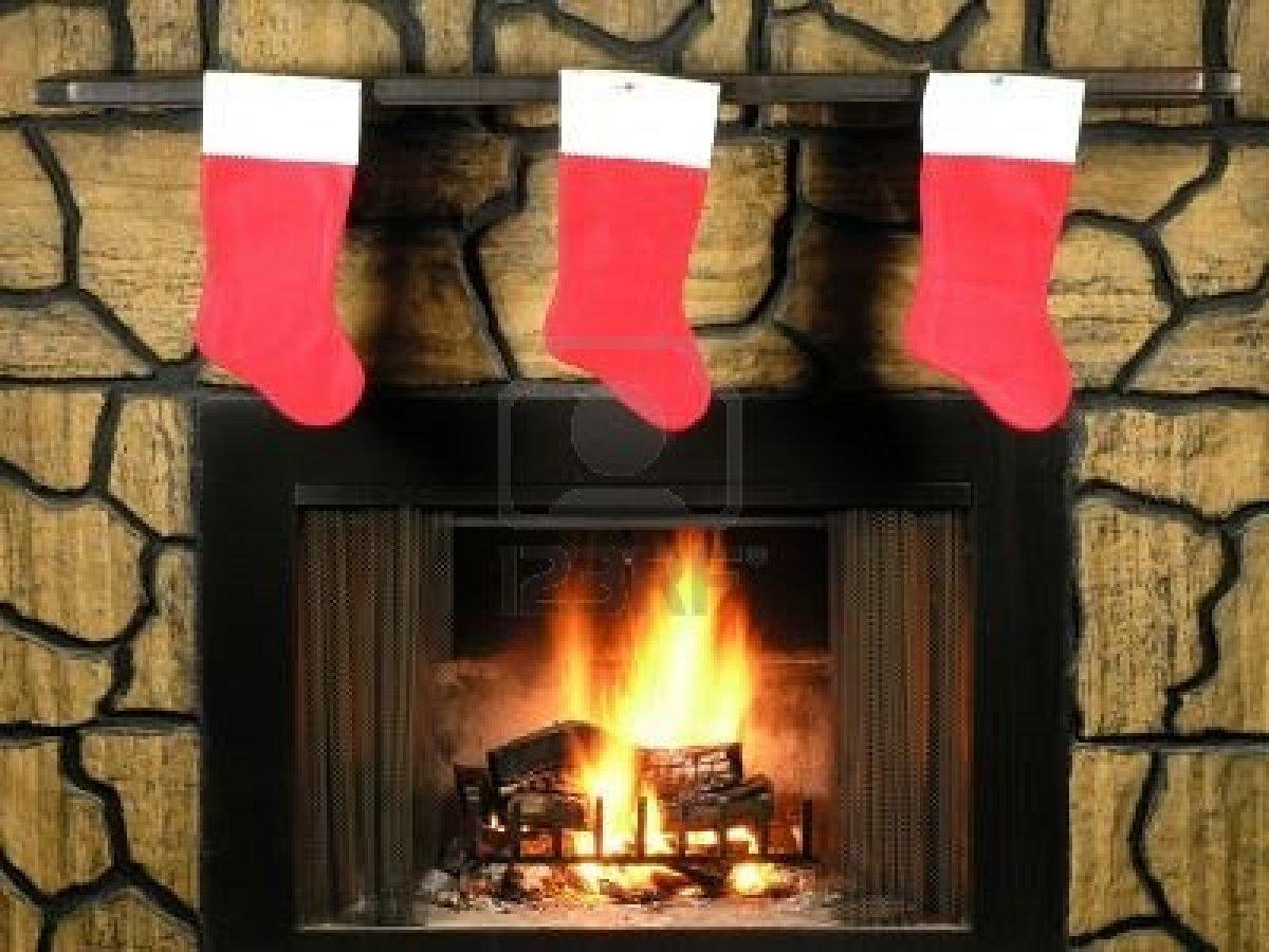 Stunning Fireplace Stockings Ideas - SFConfelca Homes | 15683