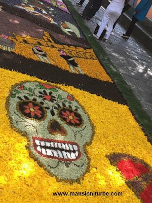 Tapetes Florales de Patamban en el Festival de Música de Morelia