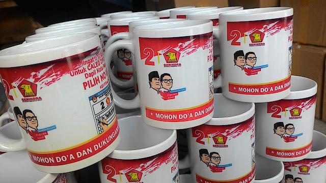 tempat buat mug pekanbaru, sablon mug pekanbaru,harga mug pekanbaru,tempat buat mug pekanbaru,cetak mug partai,mug sablon panam,mug partai,mug di pekanbaru, sablon mug murah pekanbaru,