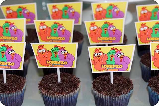 Festa com a Turma da Galinha Pintadinha : Cupcakes