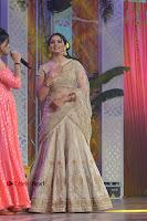 Actress Rakul Preet Singh Stills in Golden Embroidery saree at Rarandoi Veduka Chuddam Audio Launch .COM 0022.jpg