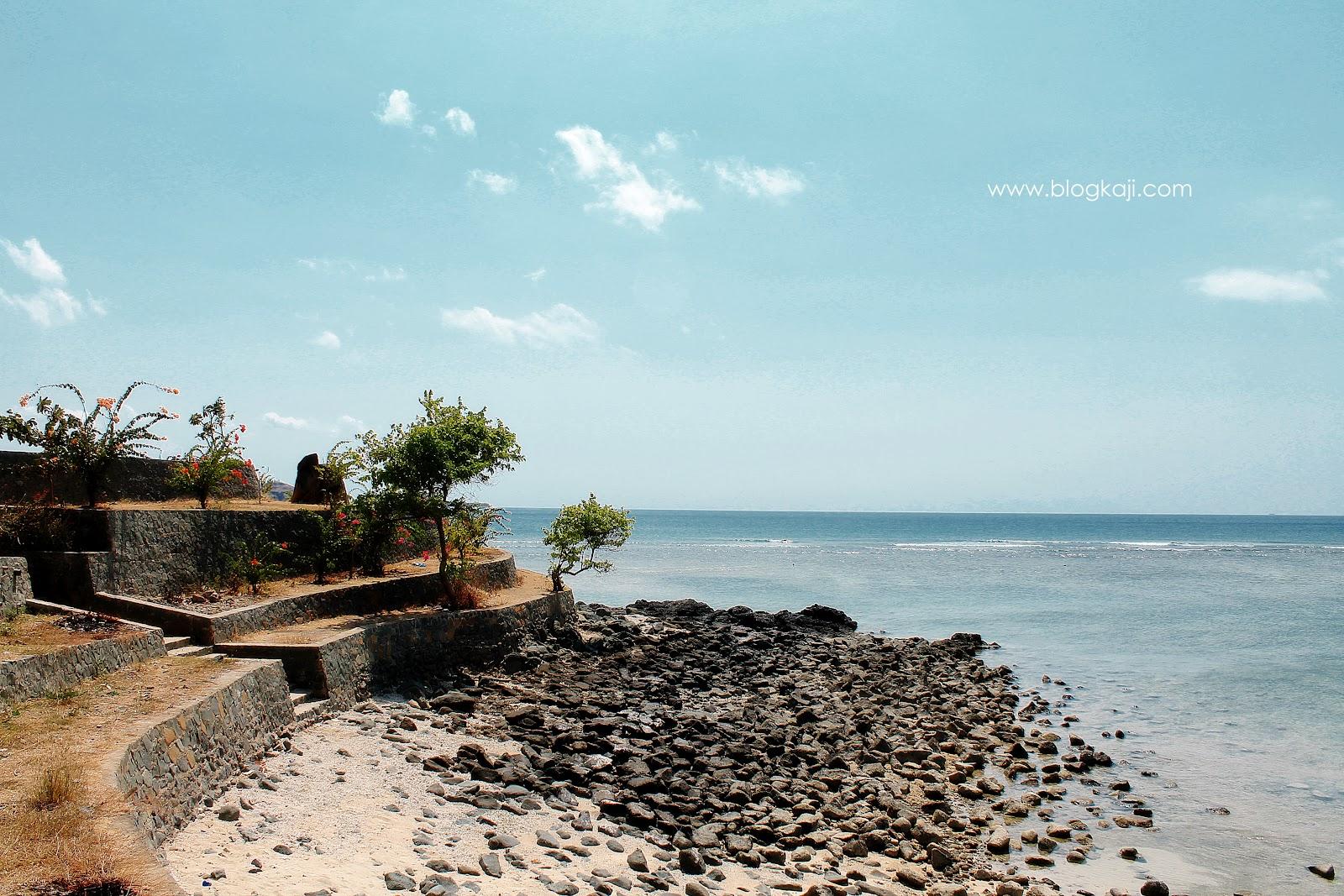Pantai Batu Surat Sekotong Lombok Barat