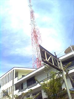 Gedung Grindulu FM tampak depan