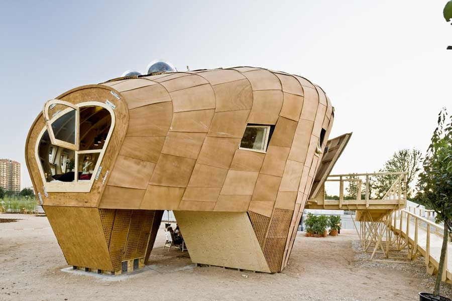 12-Advanced-Architecture-of-Catalonia-Self-Sufficient-Fab-Lab-House-Solar-House-www-designstack-co