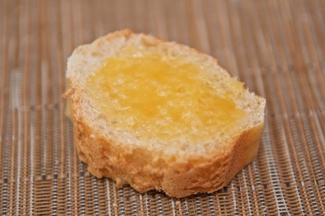 Boulangerie - Boulangerie L'Amie du Village - Saint-Nazaire - Pain - Passion Fruit Curd - Baguette - Baguette ordinaire - Boulangerie