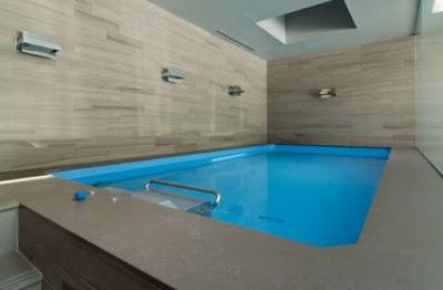 Desain Kolam Renang Indoor