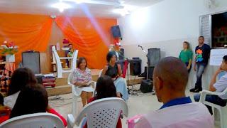 Peça teatral evangélica sobre arrependimento e evangelismo: Vitória-Régia (Rasgamos a Bíblia) hipocrisia