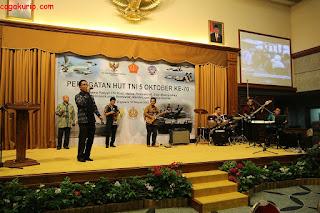 Chatsworth Band pada acara HUT TNI di KBRI Singapura