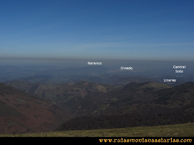 Ruta Linares, La Loral, Buey Muerto, Cuevallagar: Desde la Loral, vista de Oviedo y el Naranco