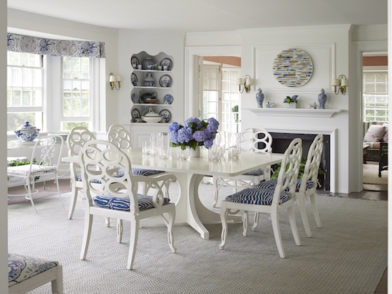 Inspiring image of a beautiful dining room in beach house in the Hamptons - found on Hello Lovely Studio
