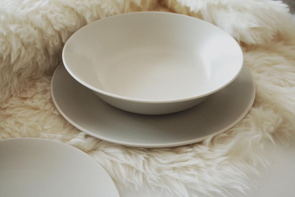 ikea assiette plate excellent design assiettes pas cher pau simple ahurissant assiettes ikea. Black Bedroom Furniture Sets. Home Design Ideas