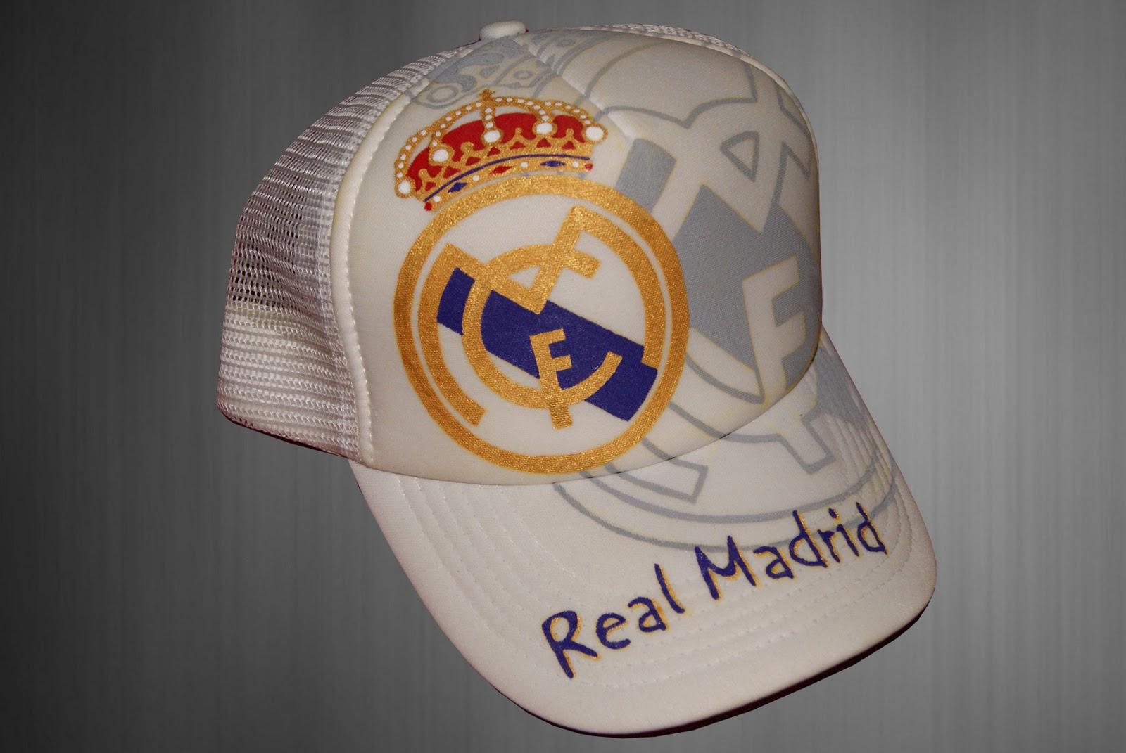 57c8384d45a Si eres aficionado del Real Madrid y te gustaría tener una gorra  personalizada con sus estrellas... ¡Échale un ojo a éstas que te proponemos  y diseña tu ...