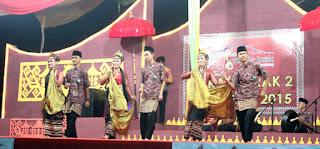 tari nyambai dari Lampung