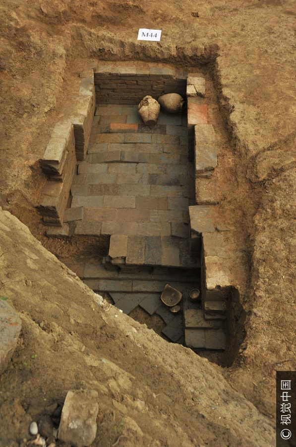 Over 70 ancient tombs discovered in downtown Chengdu